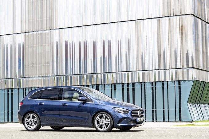 2019 Mercedes-Benz B-Class Photos