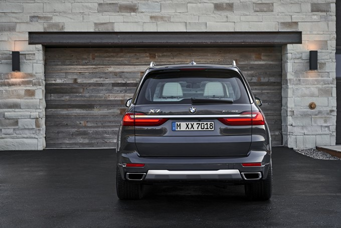 BMW X7 Photos