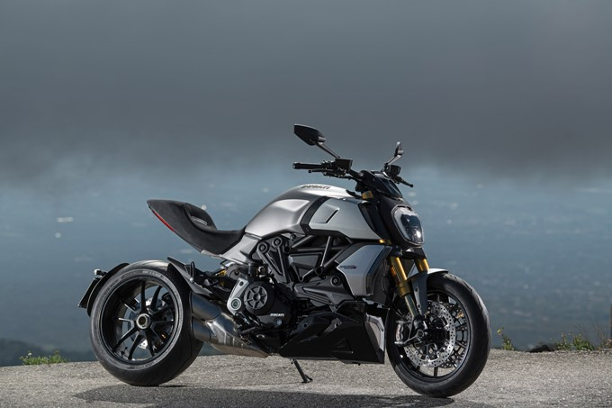 Ducati Diavel 1260 S Photos