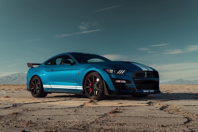 Ford Mustang Shelby GT500 Photos