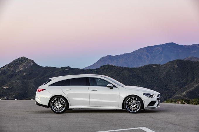 Mercedes-Benz CLA Shooting Brake Photos