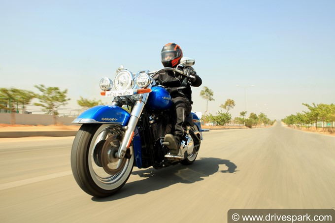 Harley-Davidson Softail Deluxe Photos