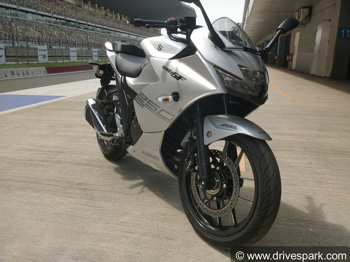 Suzuki Gixxer SF 250 Photos