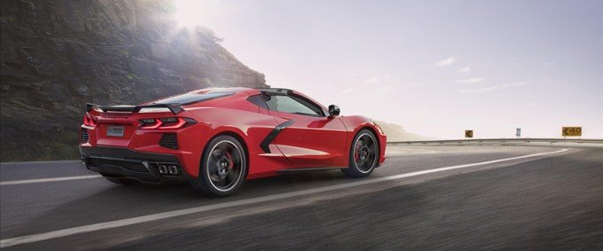 2020 Chevrolet Corvette Stingray Photos