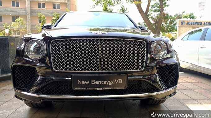 2021 Bentley Bentayga V8 Photos