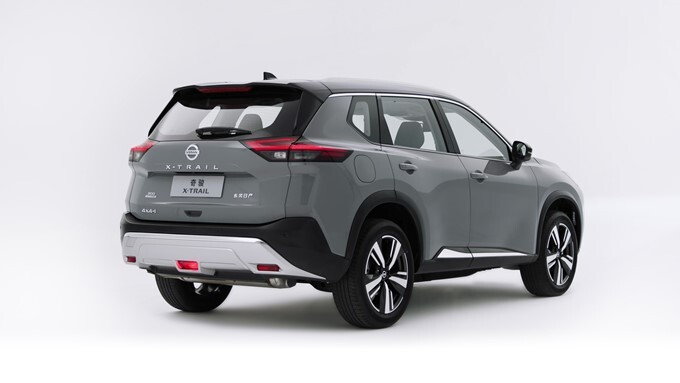 Nissan X-Trail Photos