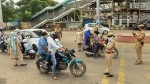 Bengaluru Traffic Police Announces Rs 500 Fine For Two-Wheelers Without Rear-View Mirrors & Indicators