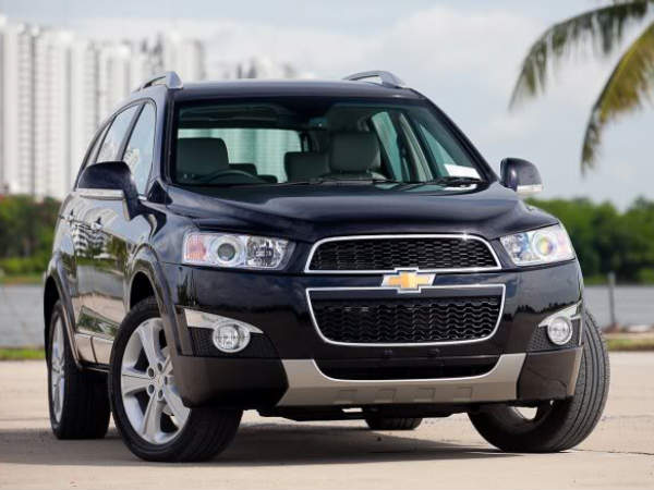 new chevrolet captiva 2012 general motors launched starting price rs 18 8 lakhs. Black Bedroom Furniture Sets. Home Design Ideas