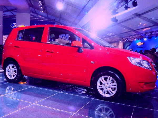 Chevrolet Sail Hatchback UVA