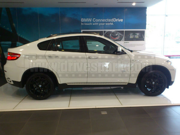 Bmw X6 India Review 2013 Bmw X6 Prices Announced Drivespark News