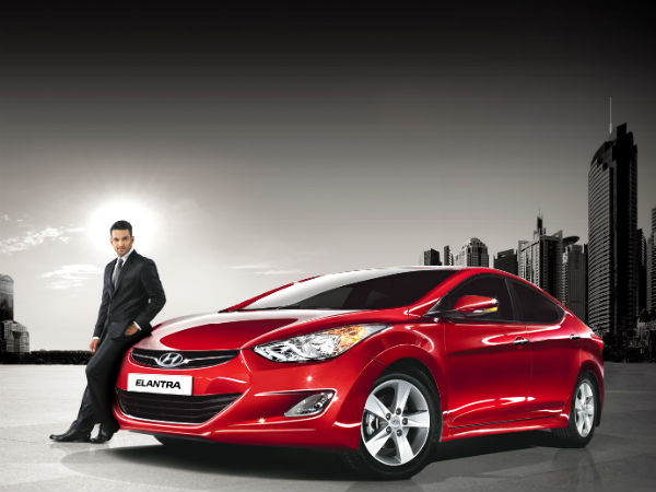 Hyundai Moves Upmarket With Elantra