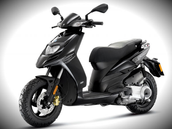 piaggio typhoon 150 powerful new scooter india launch plans drivespark news. Black Bedroom Furniture Sets. Home Design Ideas