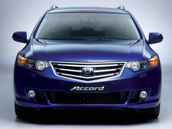 Top 10 Luxury Cars In India 2015: Cheap Luxury Cars In India