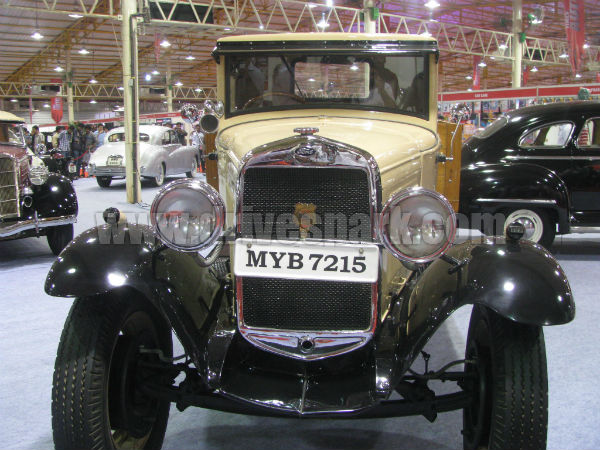 Vintage Cars Of India Ford Wolseley Chevrolet Ford Jaguar