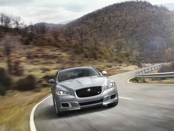2014 jaguar xjr  new york auto show  drivespark