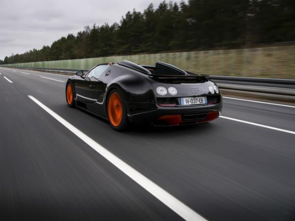 bugatti veyron grand vitesse record car drivespark news. Black Bedroom Furniture Sets. Home Design Ideas