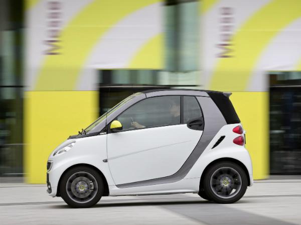 smart fortwo boconcept limited edition drivespark news. Black Bedroom Furniture Sets. Home Design Ideas