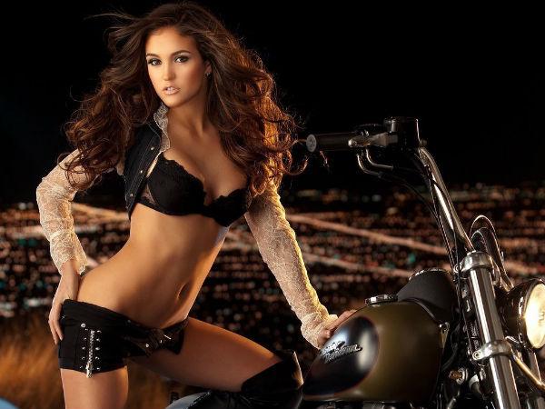 Jaclyn Swedberg Girls Bikes Babesmachine 1