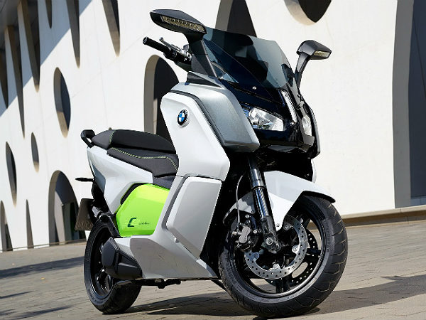 frankfurt bmw motorrad c evolution electric scooter production spec drivespark. Black Bedroom Furniture Sets. Home Design Ideas