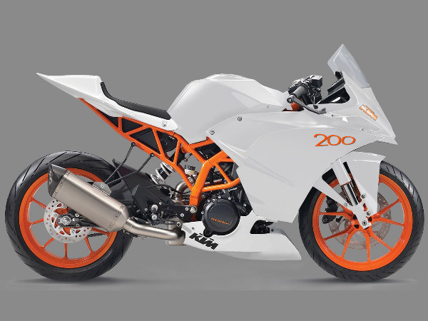 Ktm Rc 125 200 390 Faired Sports Bikes Headed To Eicma