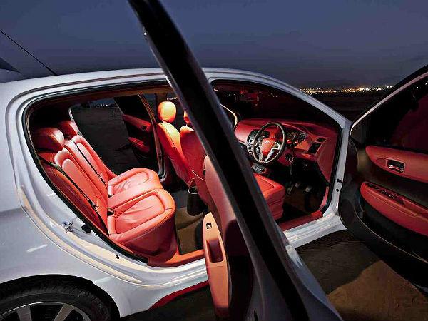 dc design hyundai i20 shows how not to spoil a car drivespark news. Black Bedroom Furniture Sets. Home Design Ideas