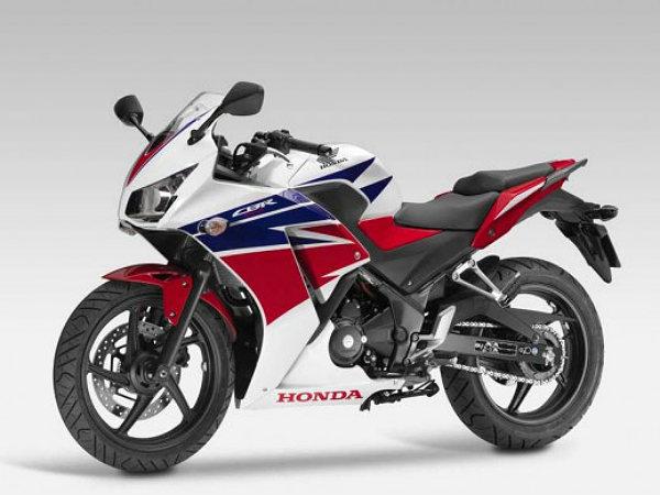 Honda cbr300r debuts at eicma full specifications for Honda cbr250r top speed