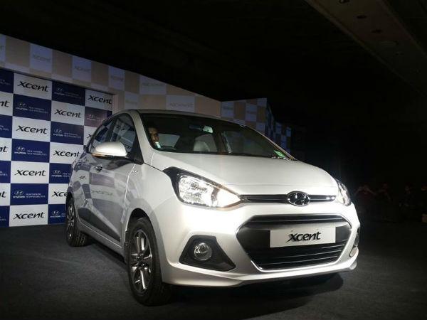 Hyundai xcent compact sedan global unveil in india for Hyundai xcent exterior
