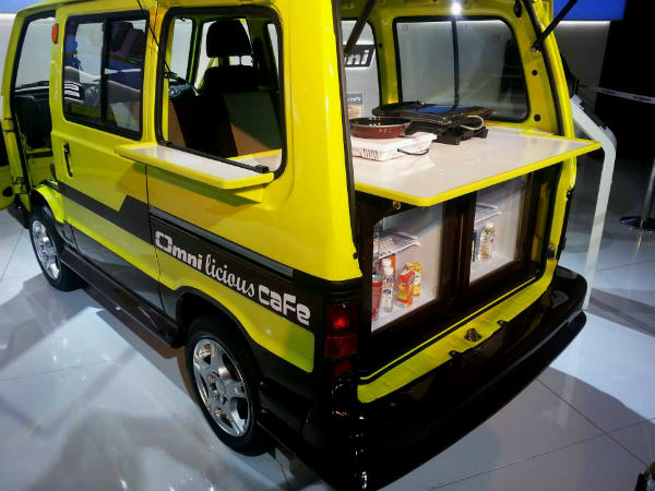 Maruti Omni Cafe At Auto Expo Feeds The Masses - DriveSpark