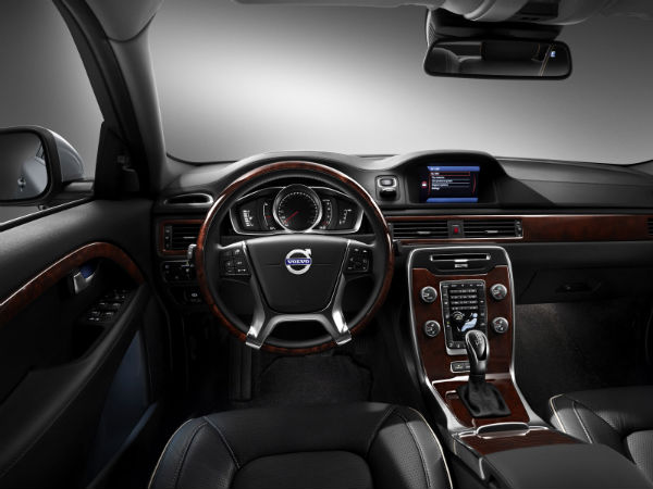 Volvo S80 2014 Black The 2014 Volvo S80 is Powered