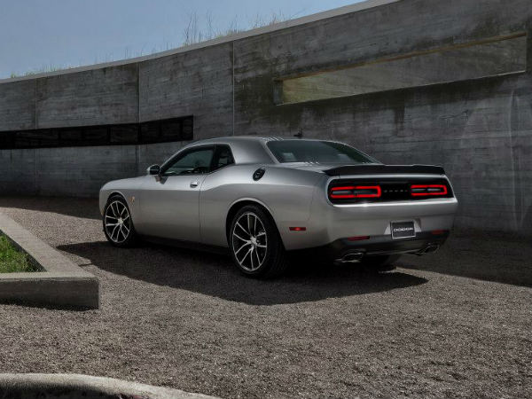 2015 Dodge Challenger Revealed At New York Auto Show