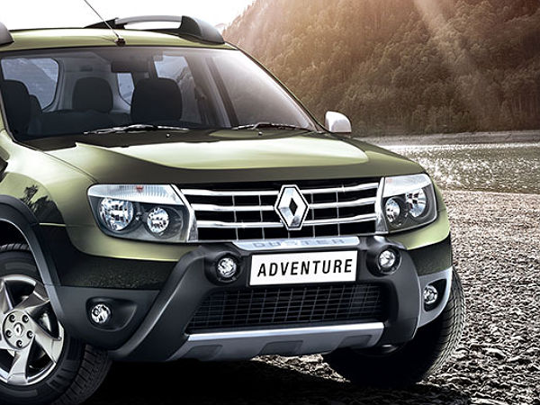 renault duster adventure edition kit available as optional accessories drivespark news. Black Bedroom Furniture Sets. Home Design Ideas