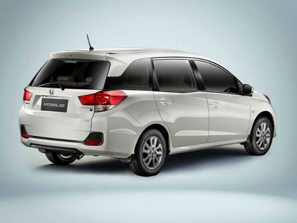 Honda Mobilio Promoted In India By Kapil Sharma Drivespark News
