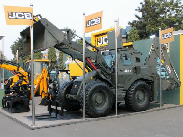 Jcb India Powers Ahead Drivespark News