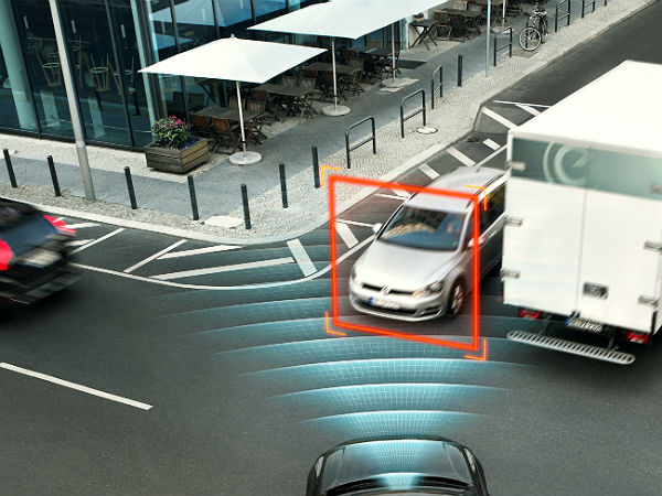 All-new Volvo XC90: Two World-Firsts In Safety Technologies