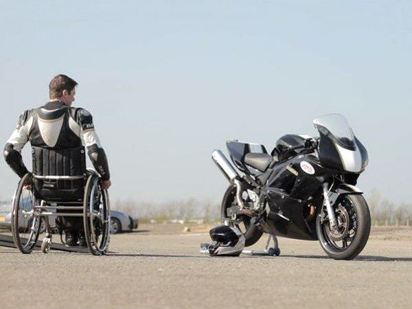 paralysed motorcycle racer