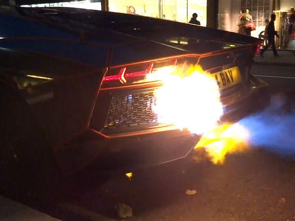 Lamborghini Aventador Catches Fire On The Street Drivespark