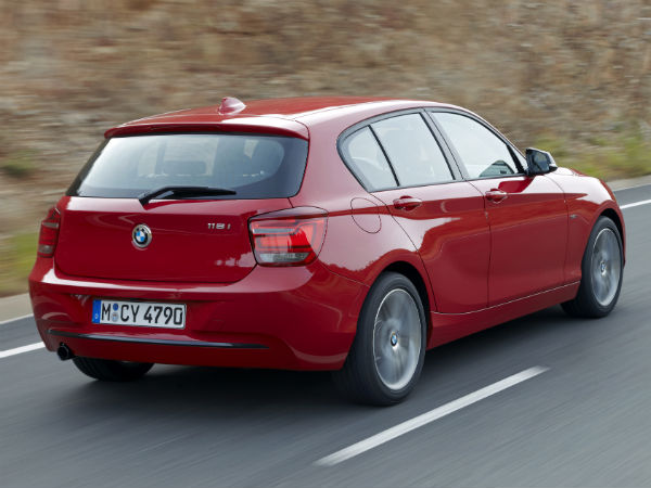 Bmw India Offers Its 1 Series For Inr 555 A Day Drivespark News