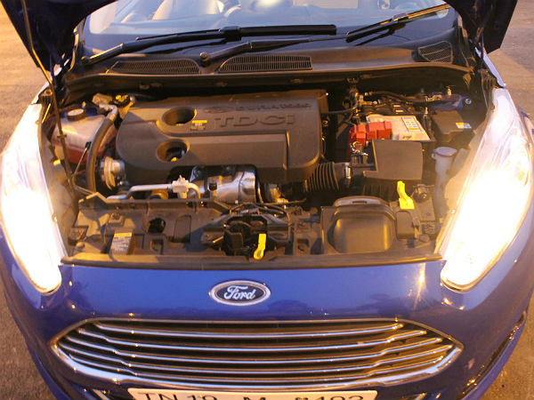 2014 Ford Fiesta Review: Engine