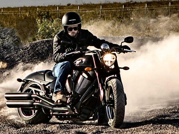 Top 10 Big Displacement Motorcycles - DriveSpark