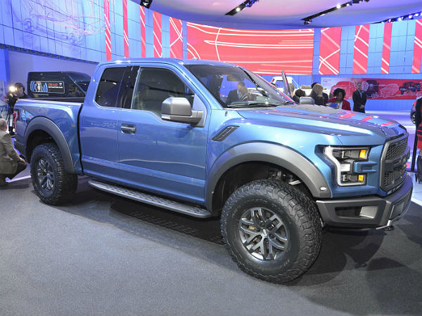 2015 Detroit Auto Show 5 Good Looking Pickup Trucks Drivespark News