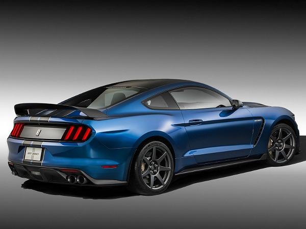 ford shelby mustang gt350r nurburgring new record