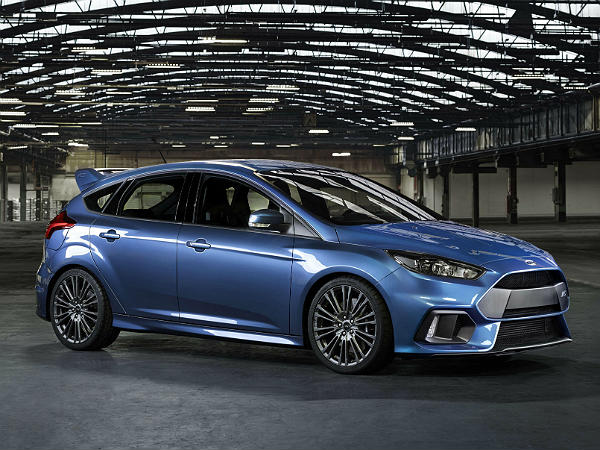 ford focus rs features