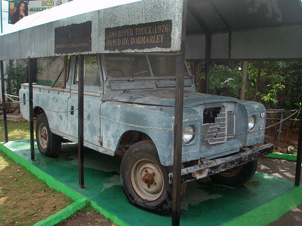 bob marley land rover car restored