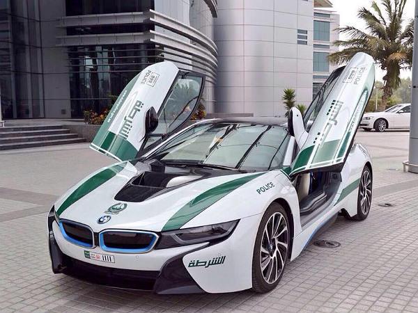 Dubai Police Go Hybrid With New BMW i8 - DriveSpark