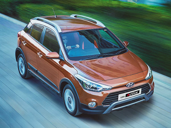 hyundai i20 active launched in mumbai price specs features more drivespark news. Black Bedroom Furniture Sets. Home Design Ideas