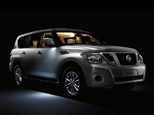 nissan patrol coming to india for a price of inr 1 00 00 000 drivespark news. Black Bedroom Furniture Sets. Home Design Ideas