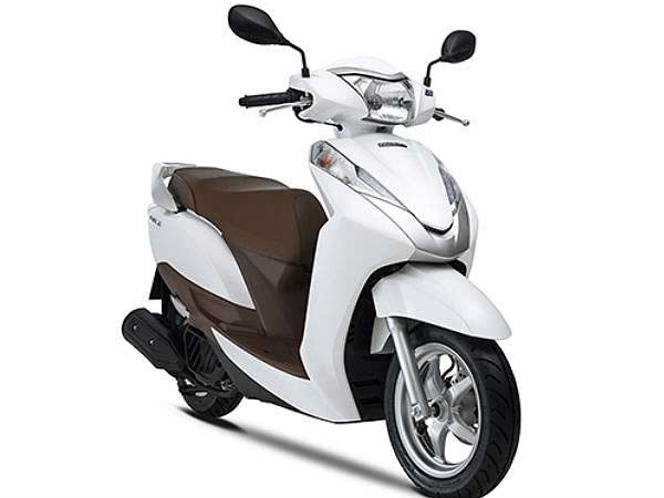 Honda Could Launch Lead 125cc Scooter In Indian Market Drivespark News