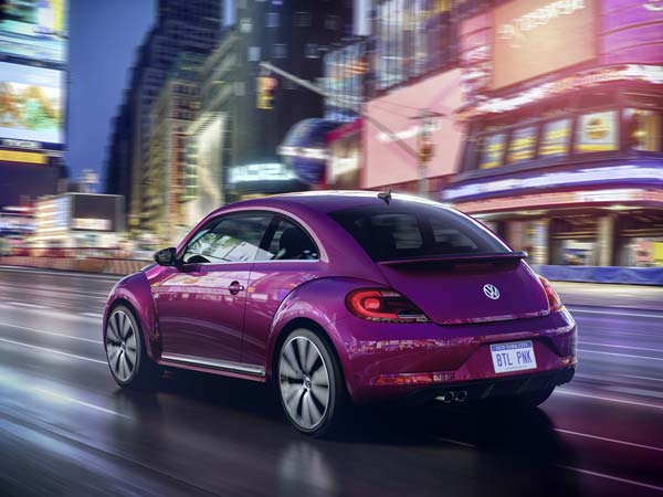 VW Beetle Pink Edition Revealed!