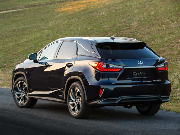 Lexus Reveals Its All-New RX Luxury SUV At New York Auto Show!