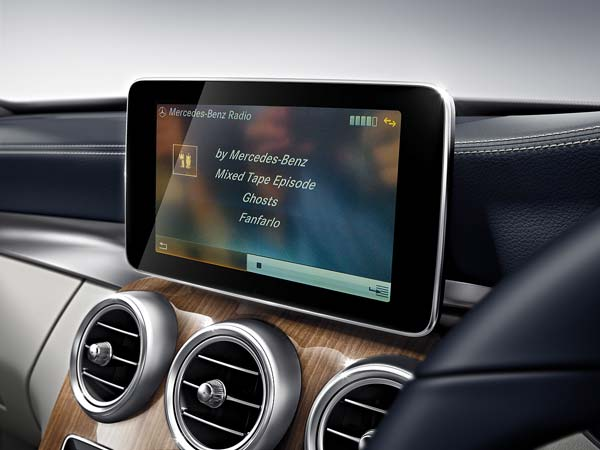Mercedes benz apps now available on all models with comand for Mercedes benz apps